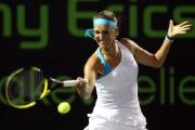 Виктория Азаренко сыграет с Верой Звонаревой в полуфинале итогового турнира WTA