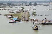 Из-за муссонных дождей в Азии погибли сотни людей