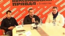 Белорусский силач Кирилл Шимко сдвинул с места 55-тонный БелАЗ