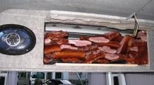 На границе с Польшей задержан автобус с контрабандой свинины