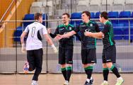 Видеофакт: Белорусский вратарь пошел в атаку и забил гол