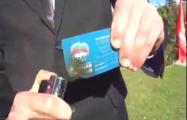 Бойкот и билет на стол