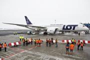 Хакеры сорвали вылет 11 рейсов из Варшавы