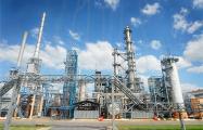 Объем переработки белорусской нефтянки сократился почти наполовину