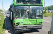 Водитель автобуса в Минске из-за плохого самочувствия врезался в грузовик