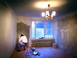 Из арендных квартир выселяют первых постояльцев