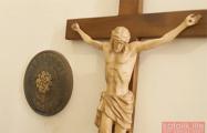Дожили: из гомельского костела украли крест