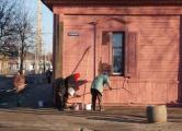 BBC о добровольно-принудительных субботниках в Беларуси