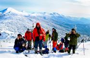 Обнаруженные на Эльбрусе белорусские альпинисты продолжили поход
