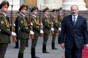 Лукашенко переведет аграриев на военное положение