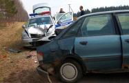 Фотофакт: в Докшицком районе автомобиль ГАИ столкнулся с Audi