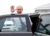 Путин прилетел в Минск с опозданием на час