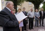 Огромные очереди перед польским консульством в Бресте (Фото)