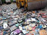 Издатели DVD потребовали от поисковиков убрать ссылки на контрафакт