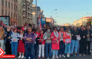 Сильное видео встречи протестующих с карателями на проспекте Независимости