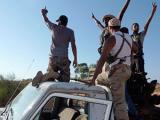Ливийские войска вошли в родной город Каддафи