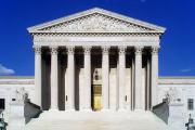 Верховный суд США приостановил судебный запрет по иммиграционному указу Трампа