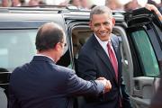Обама пообещал воздержаться от прослушивания разговоров Олланда