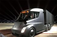 Илон Маск: Электрический тягач Tesla Semi готов к массовому производству