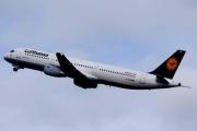 Lufthansa предложила финансовую помощь родственникам погибших пассажиров
