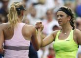 Азаренко обыграла Шарапову в финале WTA Premier China Open