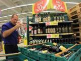 В Польше запретили продажу чешского алкоголя
