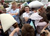 Бой подушками пройдет в Минске 11 сентября