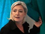 Марин Ле Пен призвала сторонников голосовать пустыми бюллетенями