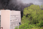 Антитеррористическая операция в Мариуполе: горсовет оцеплен, слышны выстрелы