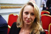 Племянница Марин Ле Пен решила уйти из политики