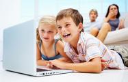 Польским семьям платят по 70 евро на каждого ребенка школьного возраста