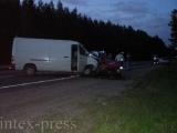 Водитель легковушки погиб в Ляховичском районе при столкновении с микроавтобусом