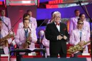Шлягеры на все времена исполнит 26-29 марта оркестр Михаила Финберга