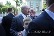 Фотофакт: Лукашенко взял с собой в Киев Колю
