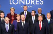 Видеофакт: Мировые лидеры пошутили на саммите НАТО над Трампом