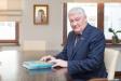 Лукашенко лишил двух врачей-онкологов госпремий