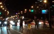 Минчане перекрыли проспект Независимости в районе Национальной библиотеки