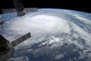 На Бермудские острова обрушился ураган «Гонсало»