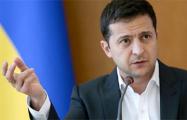 Стало известно, сколько заработал Зеленский за год на посту президента Украины
