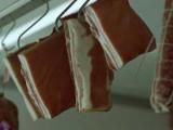 От сотрудников британского мясокомбината потребовали знания польского языка