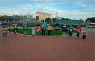 Жители Серебрянки устроили «Выставку протестной живописи»