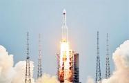 Появилось видео падения неуправляемой китайской ракеты в Индийский океан