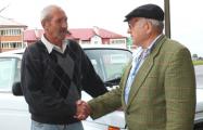 Водивший всю жизнь белорус получил права только в 71 год