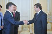 Посол Беларуси вручил верительные грамоты президенту Нигерии
