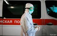 Видеофакт: В Лиде госпитализируют женщину с подозрением на коронавирус