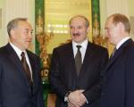 О чем говорили президенты России, Беларуси и Казахстана по телефону?