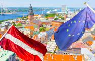 Еврокомиссия: В Латвии растет ВВП и зарплаты