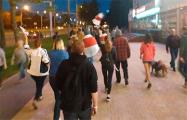 Чижовка вышла на традиционную вечернюю акцию солидарности
