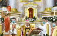 Как католики Минска отмечают праздник Пасхи