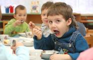 В Беларуси подорожало питание в садах и школах